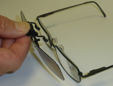 Clip-on Sunglasses 18009